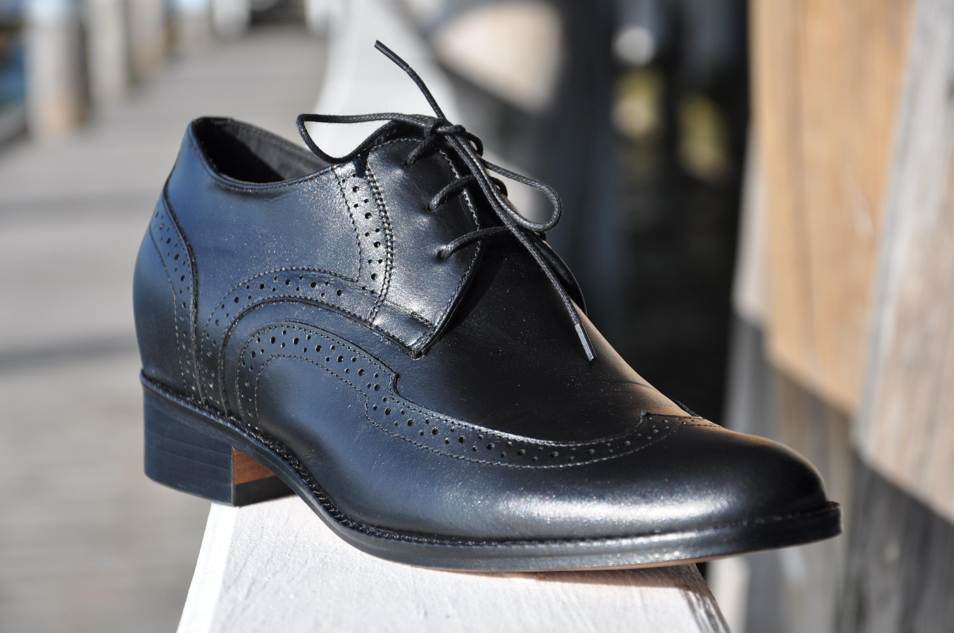 nouvelles list chaussures rehaussantes. Black Bedroom Furniture Sets. Home Design Ideas
